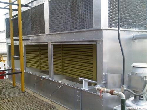 Mantenimiento a condensador evaporativo